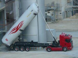 truck 61760 640